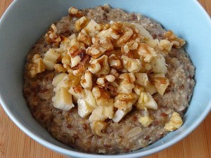 Steel Cut Oats with Seeds, Bananas and Nuts
