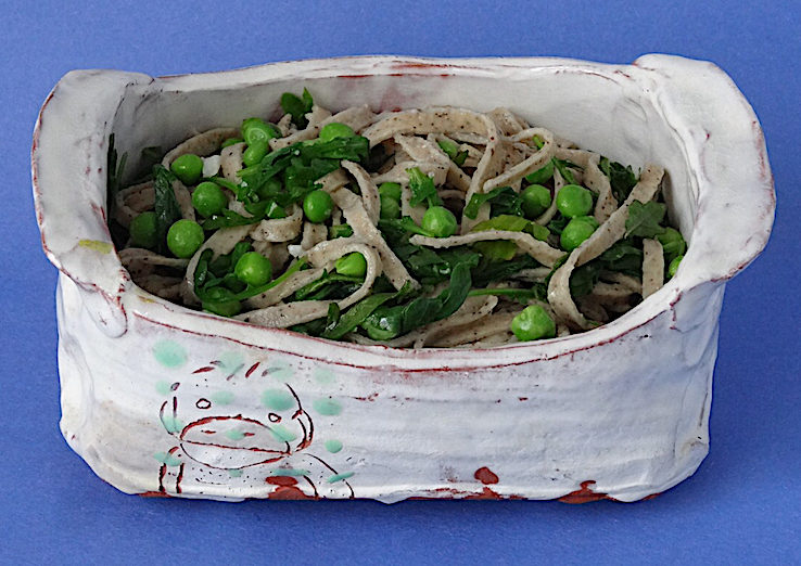Black pepper pasta with vegetables Earthenware dish by Ayumi Horie